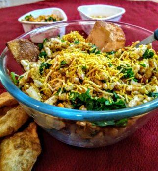 Bhel Puri - Plattershare - Recipes, Food Stories And Food Enthusiasts