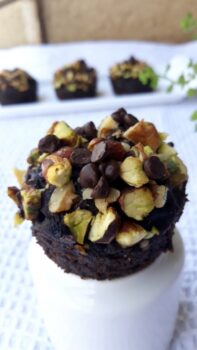 Wheat +Oats + Almonds Chocolate Cupcakes - Plattershare - Recipes, Food Stories And Food Enthusiasts