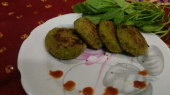 Spinach Oats Tikki - Plattershare - Recipes, Food Stories And Food Enthusiasts