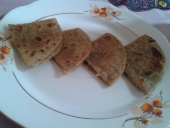Oats And Mooli Roti - Plattershare - Recipes, Food Stories And Food Enthusiasts