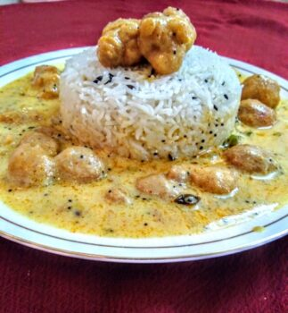 Kadhi Pakoda With Boiled Rice - Plattershare - Recipes, Food Stories And Food Enthusiasts