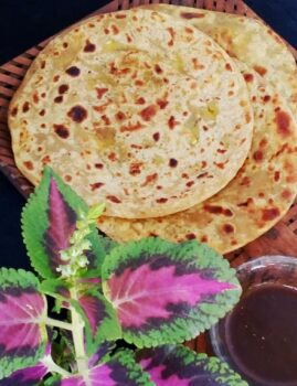 Aloo Paratha - Plattershare - Recipes, Food Stories And Food Enthusiasts