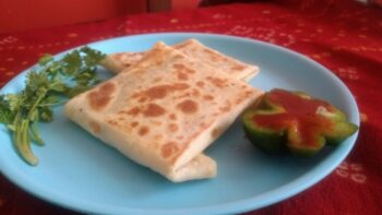 Mughlai Chicken Paratha - Plattershare - Recipes, Food Stories And Food Enthusiasts