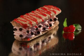 Strawberry And Mint Cashew Finger - Plattershare - Recipes, Food Stories And Food Enthusiasts