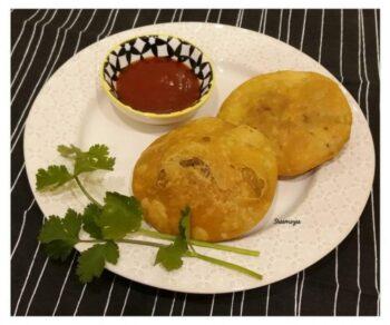 Pyaaz Ki Kachori - Plattershare - Recipes, Food Stories And Food Enthusiasts