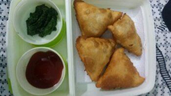 Mini Samosa - Plattershare - Recipes, Food Stories And Food Enthusiasts