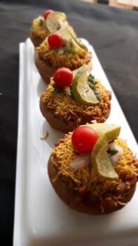 Authentic Chaupati Bhaji Pav In Videsi Avatar - Plattershare - Recipes, Food Stories And Food Enthusiasts