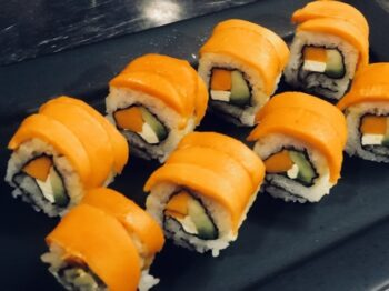 Mango Avocado And Cream Cheese Sushi - Plattershare - Recipes, Food Stories And Food Enthusiasts