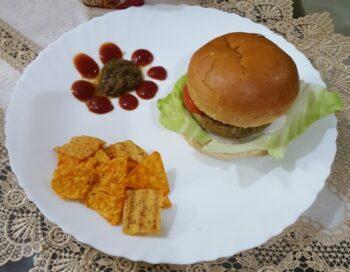 Aloo Tikki Burger - Plattershare - Recipes, Food Stories And Food Enthusiasts