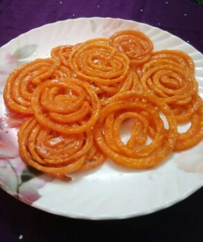 Instant Jalebi - Plattershare - Recipes, Food Stories And Food Enthusiasts