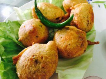 Batata Vada - Plattershare - Recipes, Food Stories And Food Enthusiasts