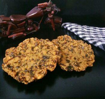 Murungai Keerai Vadai/Drumstick Leaves Vadai - Plattershare - Recipes, Food Stories And Food Enthusiasts