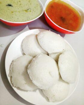 Idli -Rice Cake - Plattershare - Recipes, Food Stories And Food Enthusiasts