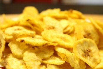 Yellow Banana Chips - Plattershare - Recipes, Food Stories And Food Enthusiasts