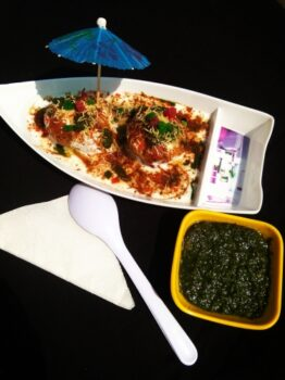 Mini Idly Bhalla - Plattershare - Recipes, Food Stories And Food Enthusiasts