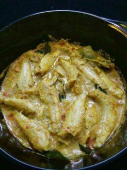 Nethili Meen Kulambu - Plattershare - Recipes, Food Stories And Food Enthusiasts