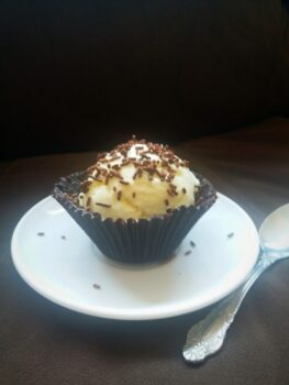 Edible Chocolate Cup With Vanilla Ice Cream - Plattershare - Recipes, Food Stories And Food Enthusiasts