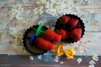 Tangy Berry Berry Lollies - Plattershare - Recipes, Food Stories And Food Enthusiasts