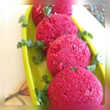 Beetroot Suji Idli - Plattershare - Recipes, Food Stories And Food Enthusiasts