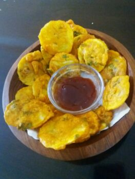 Kenyan Potato Fritters - Plattershare - Recipes, Food Stories And Food Enthusiasts