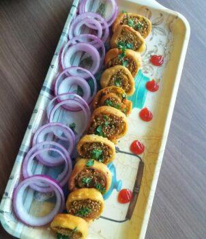 Samosa Pinwheel - Plattershare - Recipes, Food Stories And Food Enthusiasts