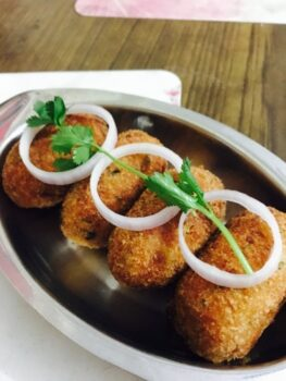 Paneer Mint Stuffed Potato Cheese Nuggets - Plattershare - Recipes, Food Stories And Food Enthusiasts