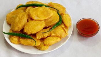 Batata Bhajiya - Potato Fritters - Plattershare - Recipes, Food Stories And Food Enthusiasts