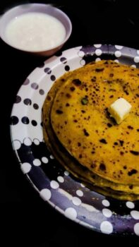 Aloo Bhare Parathe - Plattershare - Recipes, Food Stories And Food Enthusiasts