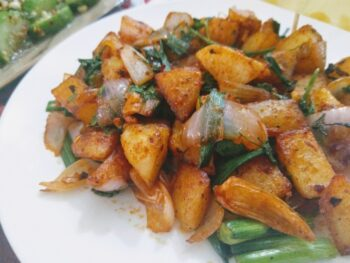 Spicy Crispy Potatoes - Plattershare - Recipes, Food Stories And Food Enthusiasts