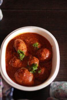 Kashmiri Dum Aloo - Plattershare - Recipes, Food Stories And Food Enthusiasts