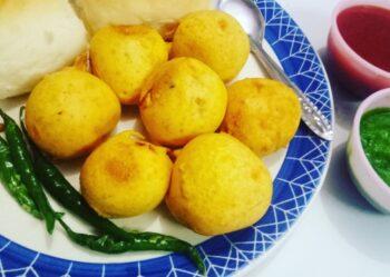 Batata Vada - Vada Pav - Plattershare - Recipes, Food Stories And Food Enthusiasts