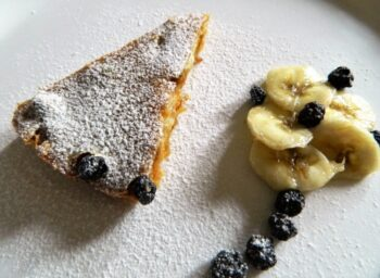 Banana &Amp; Blueberry Custard Clafoutis - Plattershare - Recipes, Food Stories And Food Enthusiasts