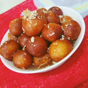 Aloo Gulob Jamun - Plattershare - Recipes, Food Stories And Food Enthusiasts