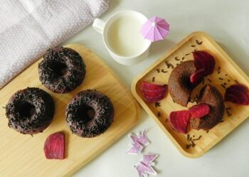 Baked Beetroot Donuts - Plattershare - Recipes, Food Stories And Food Enthusiasts