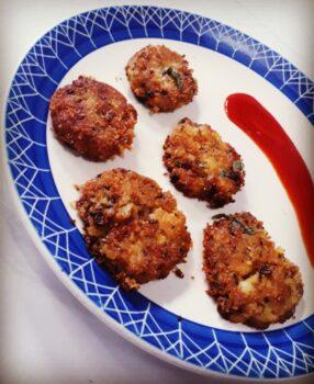 Crispy Aloo Tikki - Plattershare - Recipes, Food Stories And Food Enthusiasts