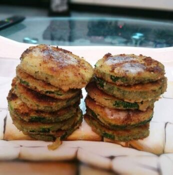 Zucchini Fritters - Plattershare - Recipes, Food Stories And Food Enthusiasts