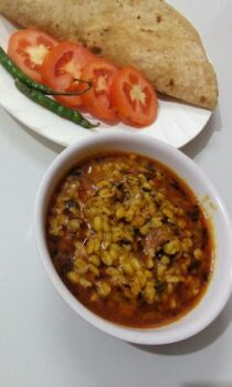 Methi Moong Dal - Plattershare - Recipes, Food Stories And Food Enthusiasts