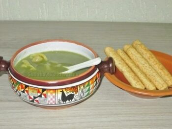 Spinach Soup With Chicken Capeletti - Plattershare - Recipes, Food Stories And Food Enthusiasts