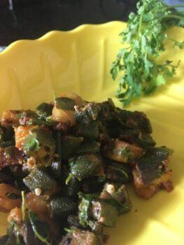 Dhaniyewali Aloo Bhindi - Plattershare - Recipes, Food Stories And Food Enthusiasts