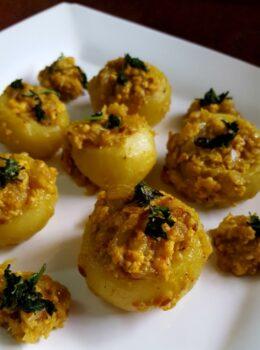 Paneer Stuffed Tindas - Plattershare - Recipes, Food Stories And Food Enthusiasts