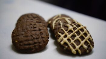 Multigrain Chocolate Peanut Butter Cookies With Cane Sugar - Plattershare - Recipes, Food Stories And Food Enthusiasts