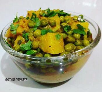 Matar Aloo Ki Sabzi -Green Peas Potato Curry - Plattershare - Recipes, Food Stories And Food Enthusiasts