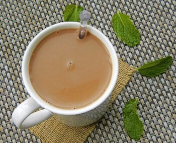 Vegan Fresh Mint Leaves Hot Chocolate Using Kalya Cocoa Powder - Plattershare - Recipes, Food Stories And Food Enthusiasts