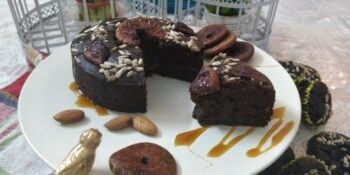 Soya Ragi Figs And Sunflower Seeds Tea Cake With Caramel Sauce - Plattershare - Recipes, Food Stories And Food Enthusiasts