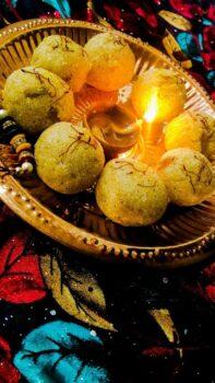 Rawa Laddu - Plattershare - Recipes, Food Stories And Food Enthusiasts