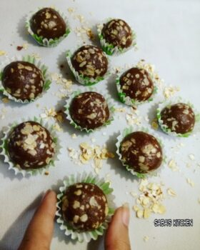 Chocolate Oats Balls - Chocolate Oats K Laddu - Plattershare - Recipes, Food Stories And Food Enthusiasts