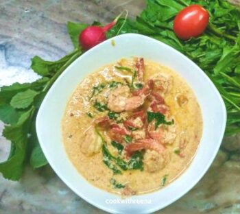 Prawn In Creamy Garlic Butter Sauce With Spinach - Plattershare - Recipes, Food Stories And Food Enthusiasts