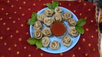 Flower Shaped Momos - Plattershare - Recipes, Food Stories And Food Enthusiasts