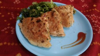 Mexican Salsa Paratha - Plattershare - Recipes, Food Stories And Food Enthusiasts