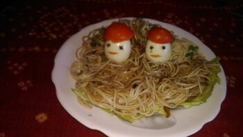 Atta Garlic Noodles With Boiled Eggs - Plattershare - Recipes, Food Stories And Food Enthusiasts